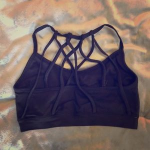 Strapping Fabletics Bra